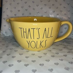 """RAE DUNN NEW EASTER """"THAT'S ALL YOLKS"""" MIXING BOWL"""